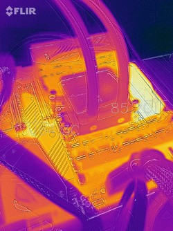 A heat map of the Enermax Liqtech 240 cooler during a stress test with the processor running at 4.1 GHz.