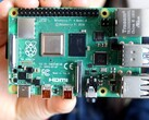 Raspberry Pi: Turn the popular single-board computer into an ad blocker. Image source: Estefannie Explains It All)