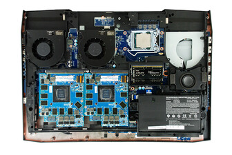 Sky X9C internal layout: GPUs oscure the SSDs (Source: Eurocom)