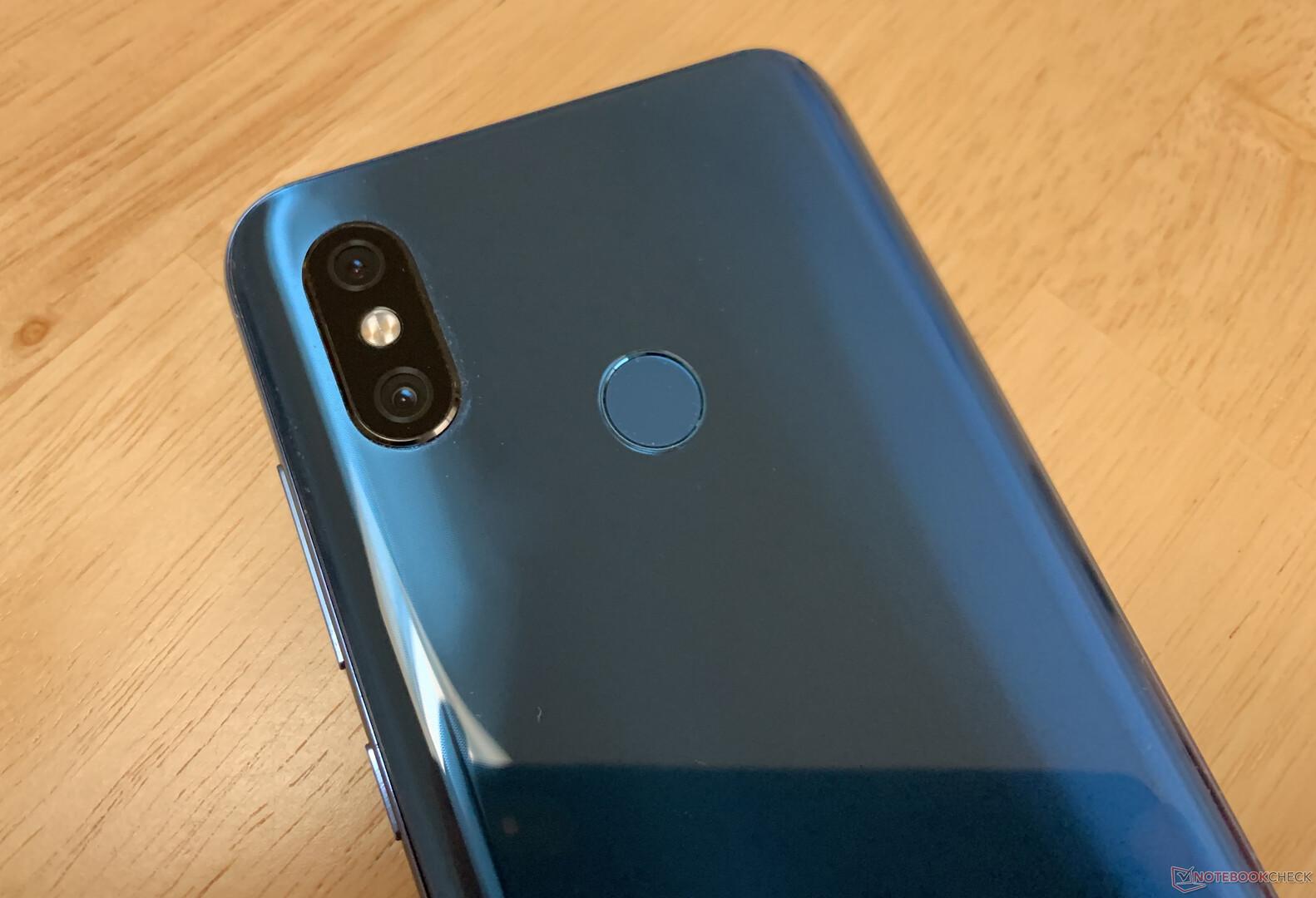 Xiaomi Mi 8 Smartphone Review - NotebookCheck net Reviews