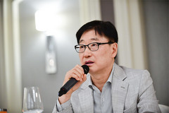 BK Yoon, CEO of Consumer Electronics at Samsung Electronics. (Source: Samsung)