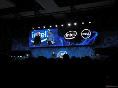 Dell briefly teases new XPS laptop with Ice Lake at Intel keynote