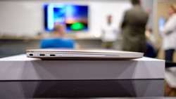 The 2018 XPS 13 drops legacy USB ports for USB Type-C. (Source: TechRadar)
