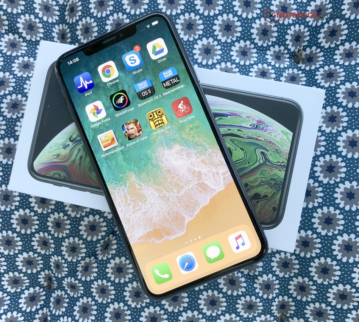 Apple iPhone XS Max Smartphone Review - NotebookCheck net