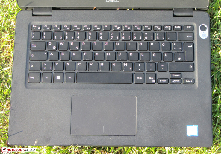 A look at the keyboard and trackpad on the Latitude 3400