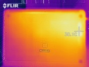 Heat map of the bottom case at idle