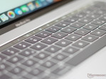 Macbook Pro: Does Apple have a problem with defective keyboards due to dust getting stuck?