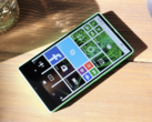 Microsoft's bezel-less Lumia 435 prototype from 2014. (Source: Windows Central)