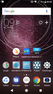 The default launcher supports up to five homescreens.