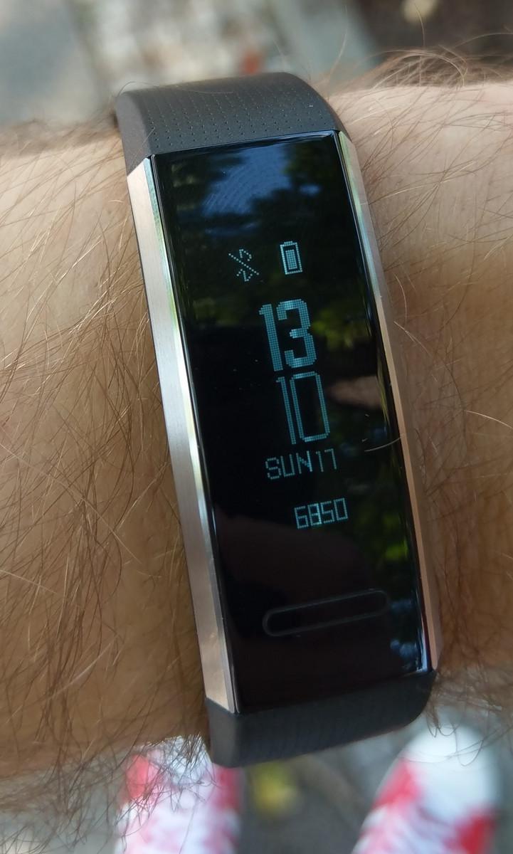 Huawei Band 2 Pro Smartband Review Notebookcheck Net Reviews