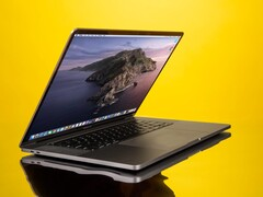 Ming-Chi Kuo is predicting that the first MacBooks powered by Apple's own ARM-based CPUs will hit the markets in the 18 months. (Image Source: Business Insider)