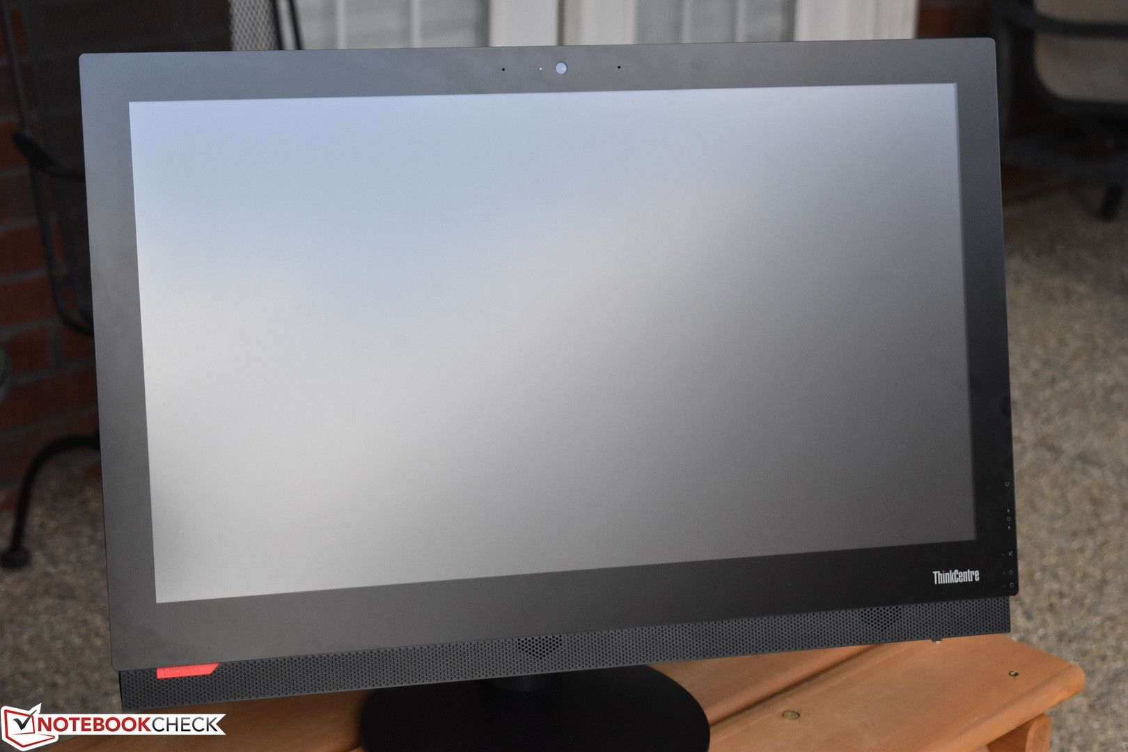 Lenovo ThinkCentre M910z All-in-One Desktop Review