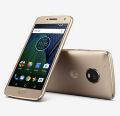 The Moto G5 Plus, from Verizon. Soon with the ability to browse and call at the same time. (Source: Lenovo)