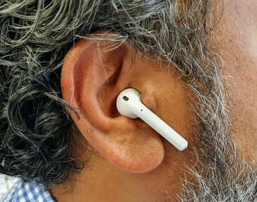 Apple's AirPods, while odd-looking, are purpose designed to assist with clearer calls. (Source: Notebookcheck)