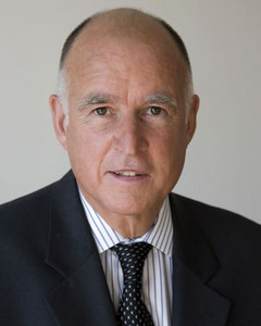 Jerry Brown only had until midnight to sign SB822, which is the Net Neutrality law that was signed earlier today. (Source: Jerry Brown)