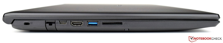 left side: Kensington Lock, modular connector, one USB 3.1 Type-C port, one HDMI output, one USB 3.0 port, SD card reader