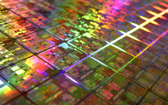 TSMC will start fulfilling its new Apple and Huawei 7nm orders soon. (Source: wirebiters.com)
