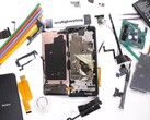 The Xperia PRO after it has been torn apart by JerryRigEverything. (Image source: JerryRigEverything)