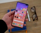 The Samsung Galaxy S10+ for US$799 is excellent value for money. (Source: Trusted Reviews)