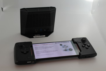 WiGig Dock with Gamevice Controller
