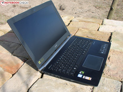 In review: Acer Aspire VN7-593G-73HP V15 Nitro BE. Test model courtesy of notebooksbilliger.de