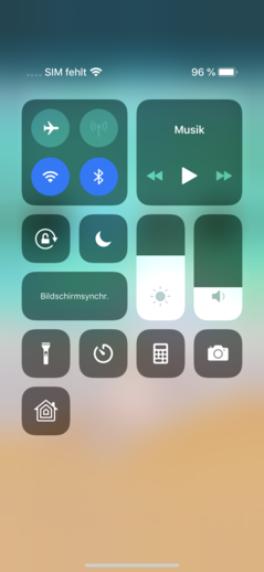 iOS 12's quick settings shade