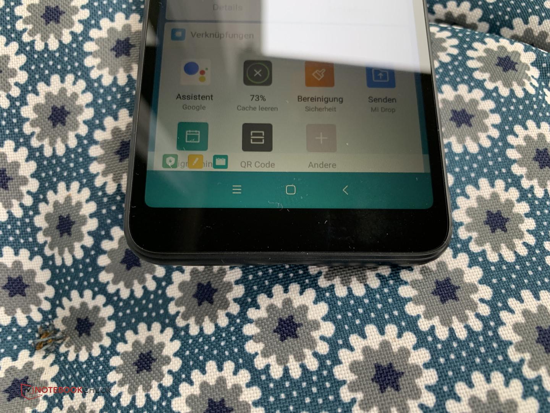 Xiaomi Redmi 6 Smartphone Review - NotebookCheck net Reviews