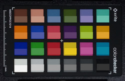 ColorChecker: The reference color is displayed in the lower half of each patch