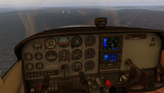 X-Plane 11 Cessna 172SP cockpit on approach. (Source: Own)