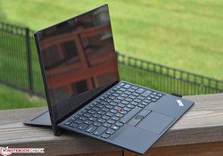 Business+Tablet: Lenovo ThinkPad X1 Tablet Gen 2