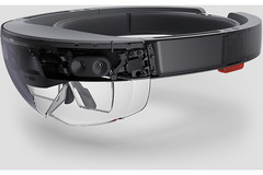 The Microsoft HoloLens is all set for an amalgamation of AI and mixed reality in version 2.0 (Source: AnandTech)