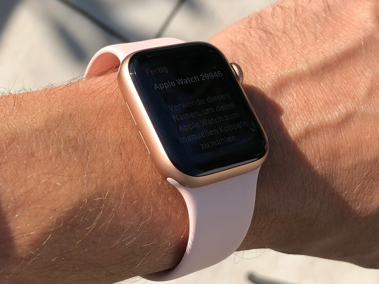 Looking at the Apple Watch Series 5 from side-on on a sunny day