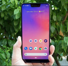 The Pixel 3 XL in all its glory thanks to an unscrupulous Hong Kong mobile store. (Source: Engagdet)