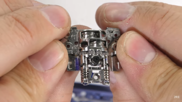 ...but hey, it has a cool mechanism, at least. (Source: YouTube)