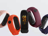 Fitness-Tracker Xiaomi Mi Band 4 und Samsung Galaxy Fit e im Test.