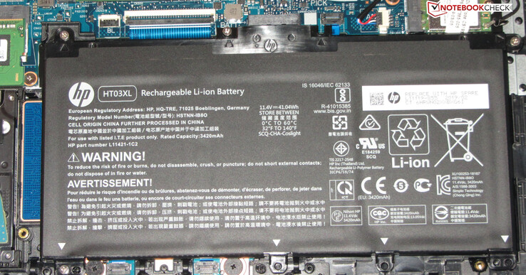 The battery has a capacity of 41.04 Wh.