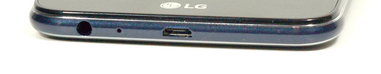 Bottom: 3.5-mm audio-combo, microphone, USB port