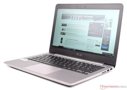 In review: Asus ZenBook UX310UQ-FC396T. Test model courtesy of Cyberport.de