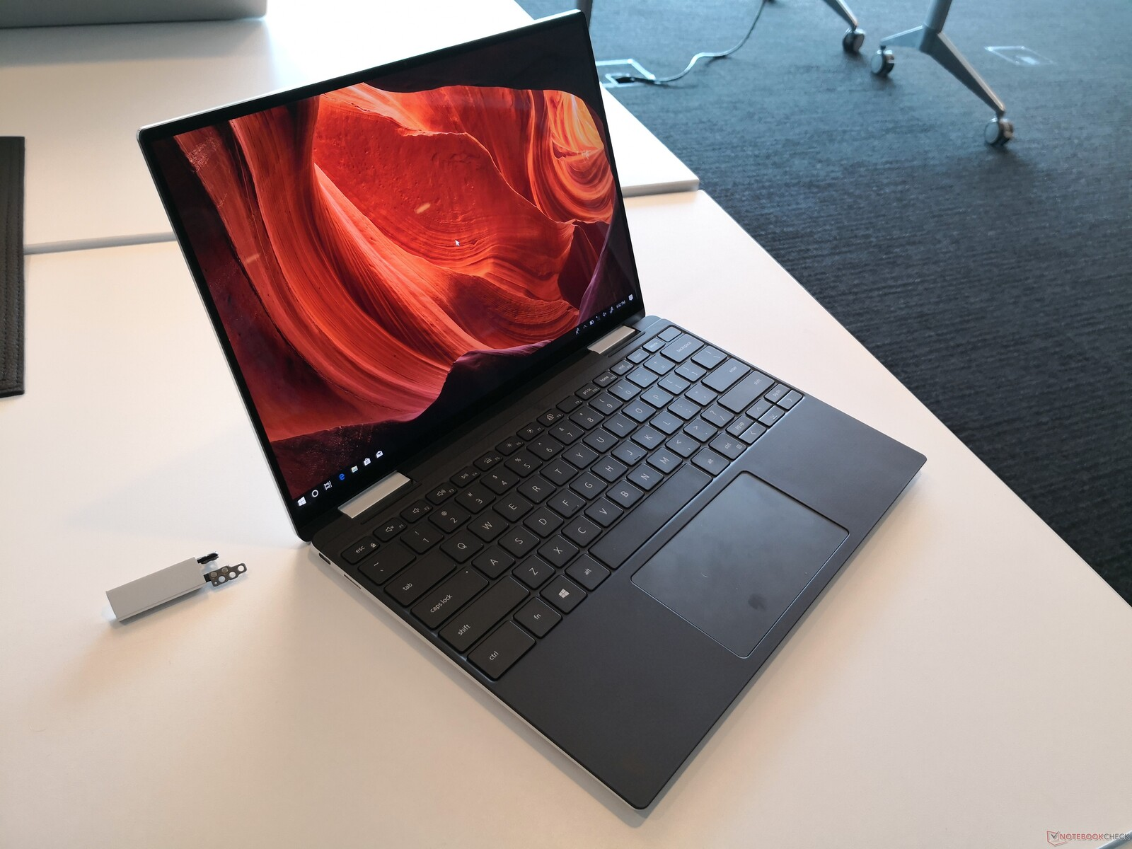 2019 Dell Xps 13 2 In 1 7390 Is A Treasure Trove Of World