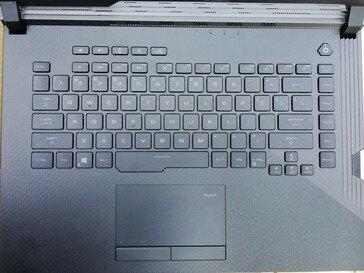 A look at the keyboard and trackpad…