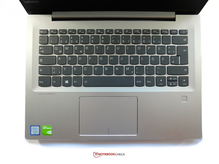 Keyboard area of the IdeaPad 520s-14IKB