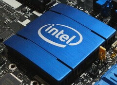 The new Comet Lake-S motherboard chipsets will not support the PCIe 4.0 standard. (Image Source: Intel)