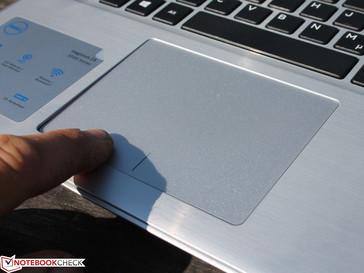 Dell Inspiron 15 5575 (Ryzen 3 2200U, Vega 3) Laptop Review