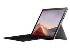 Best Buy is trying hard to get rid of its 4 GB Microsoft Surface Pro 7 stock for $560 USD (Source: Best Buy)