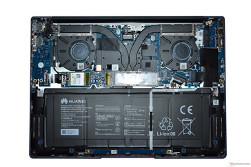 A view of the interior (MateBook 14 AMD)