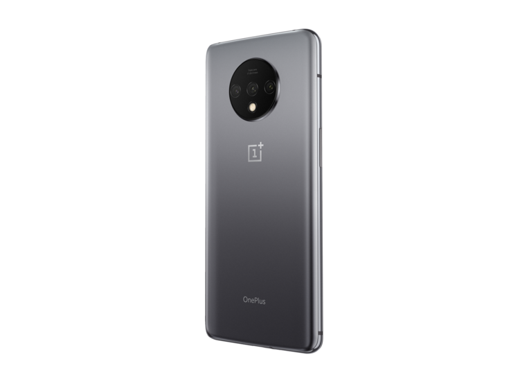 Oneplus 7t Smartphone Review A Large Package Of