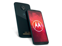 In review: The  Motorola Moto Z3 Play. Review unit courtesy of Motorola Germany.