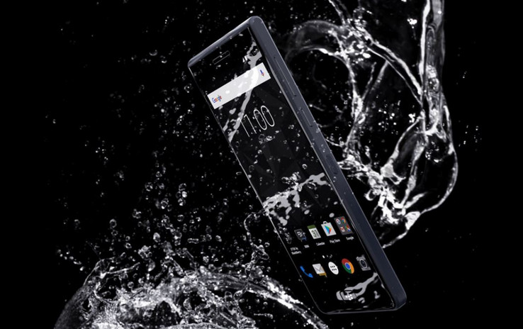 The case of the BlackBerry Motion is IP67 water-resisant