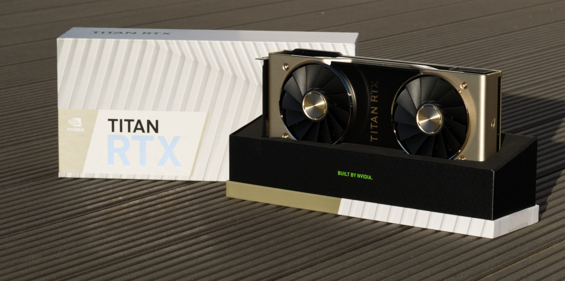NVIDIA TITAN RTX Desktop GPU Review - NotebookCheck net Reviews