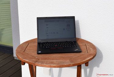 Lenovo ThinkPad L480 under sunlight